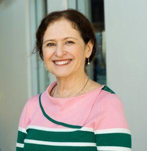 Lauretta Graham Headshot for Newman Catholic College